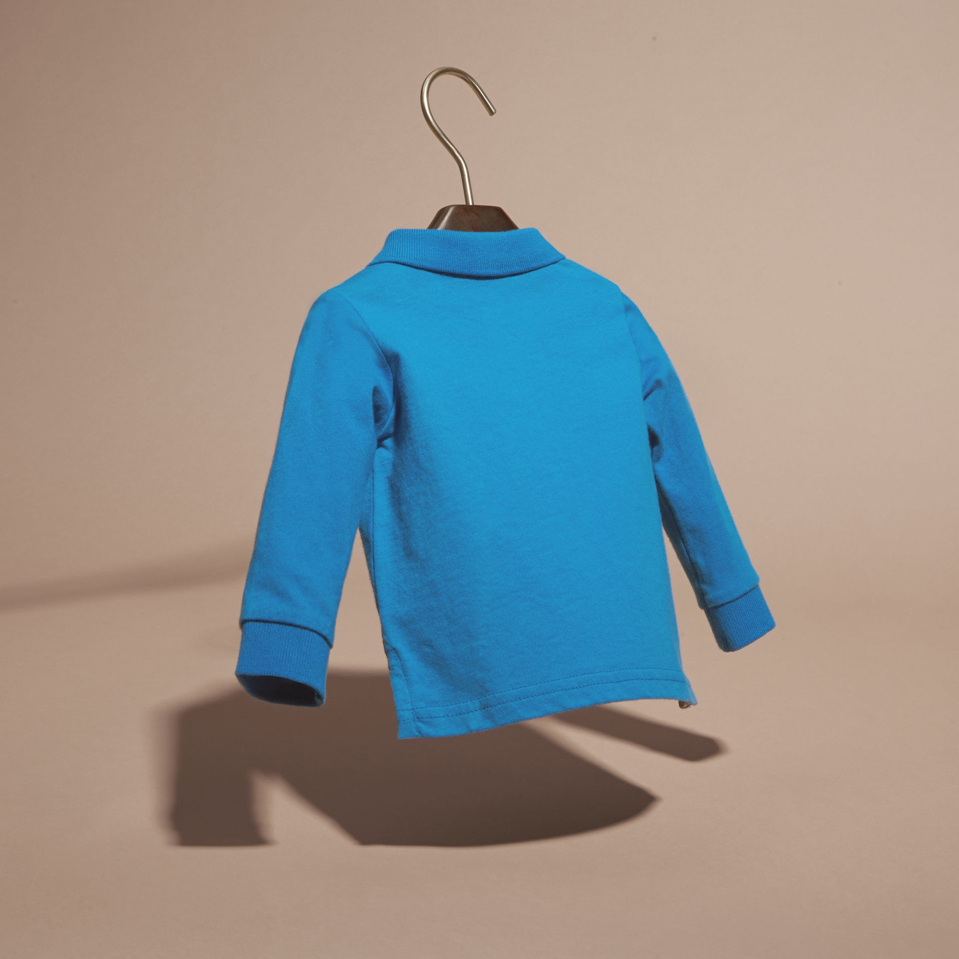 브라이트 오팔 체크 트리밍 롱 슬리브 코튼 폴로 셔츠 브라이트 오팔 - 갤러리 이미지 4