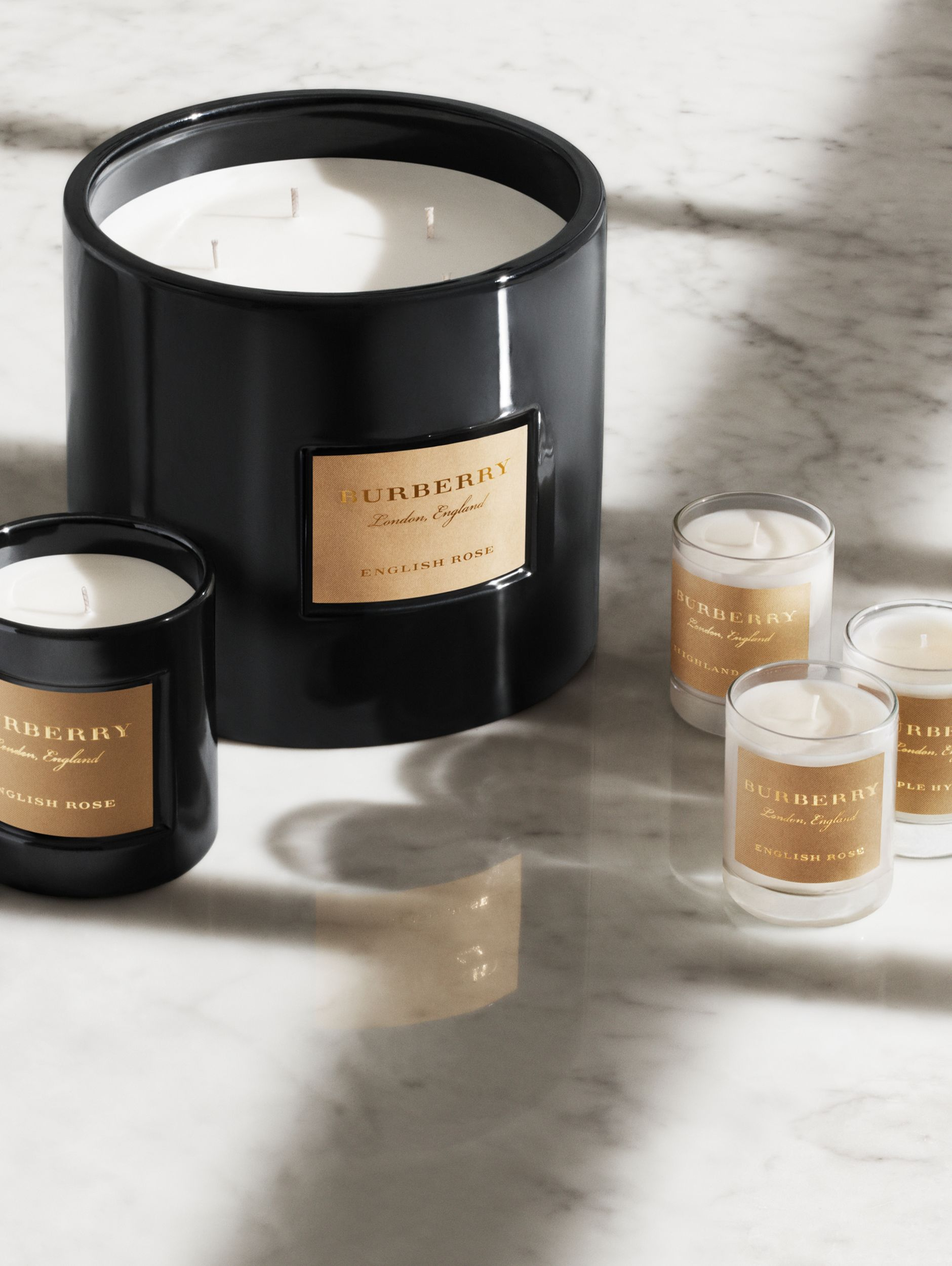 Scented Candle Collection – Purple Hyacinth, Highland Berry, English Rose | Burberry United Kingdom - 2