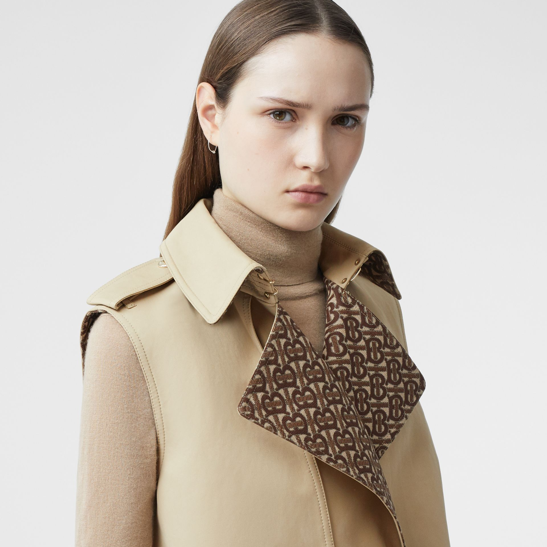 Sleeveless Monogram-lined Cotton Trench Coat in Honey - Women | Burberry - gallery image 1