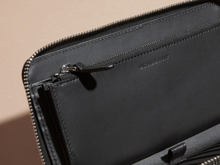 London Leather and Alligator Ziparound Wallet in Black - Men | Burberry Singapore - cell image 4