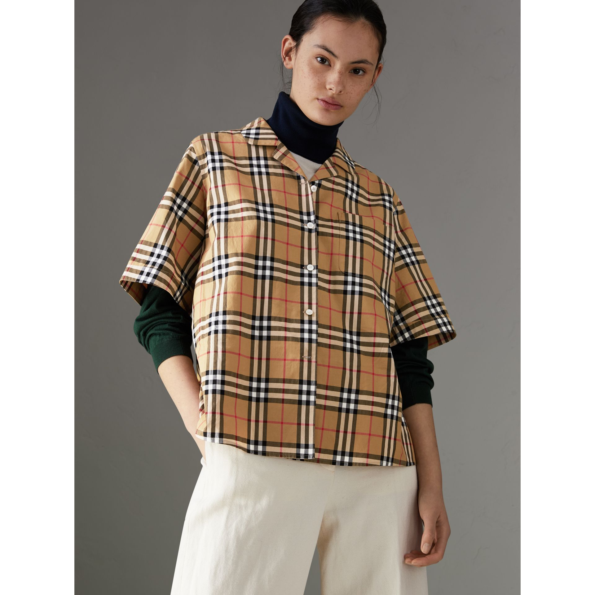 Short-sleeve Vintage Check Shirt in Antique Yellow - Women | Burberry Australia - gallery image 4