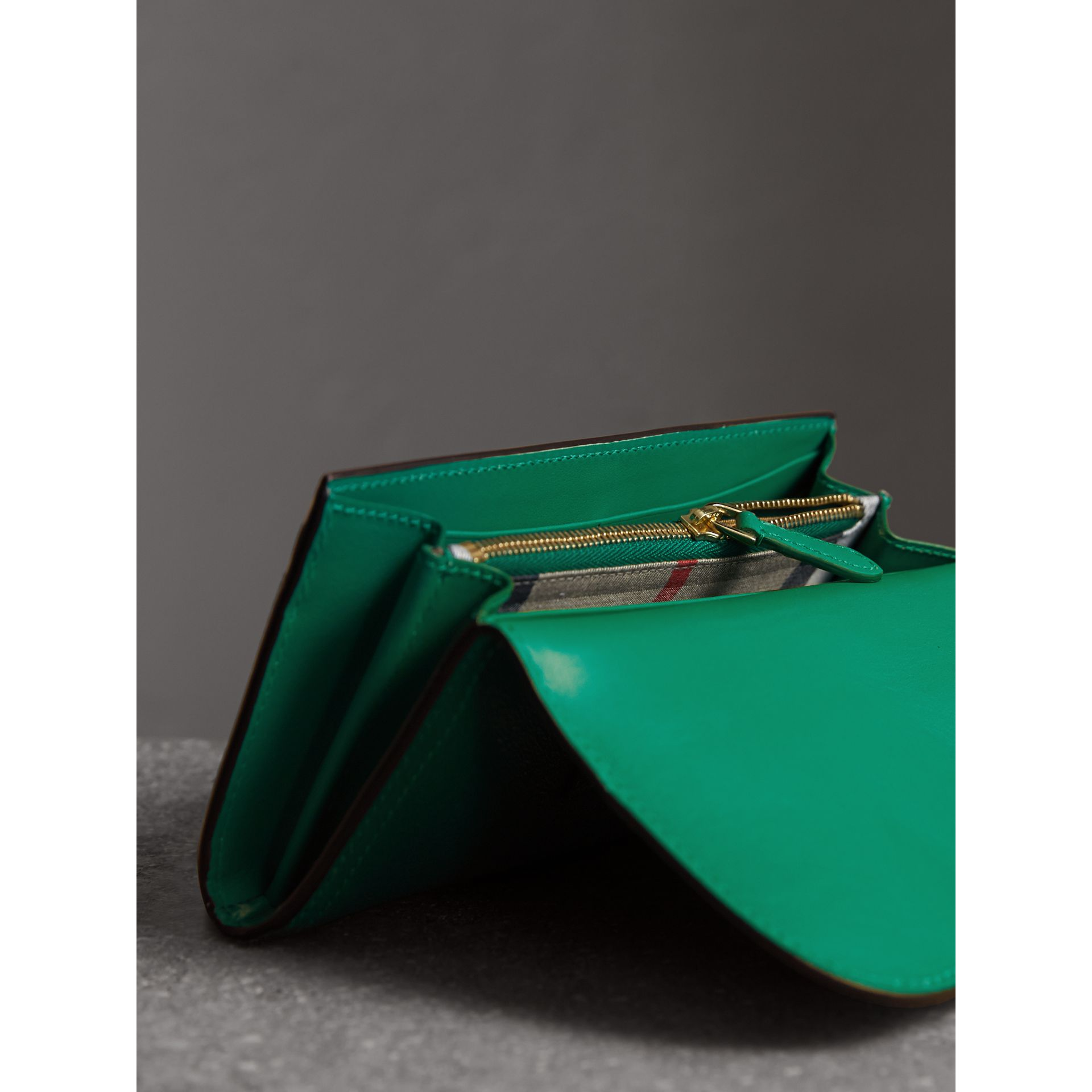 Textured Leather Continental Wallet in Bright Pigment Green - Women | Burberry - gallery image 5