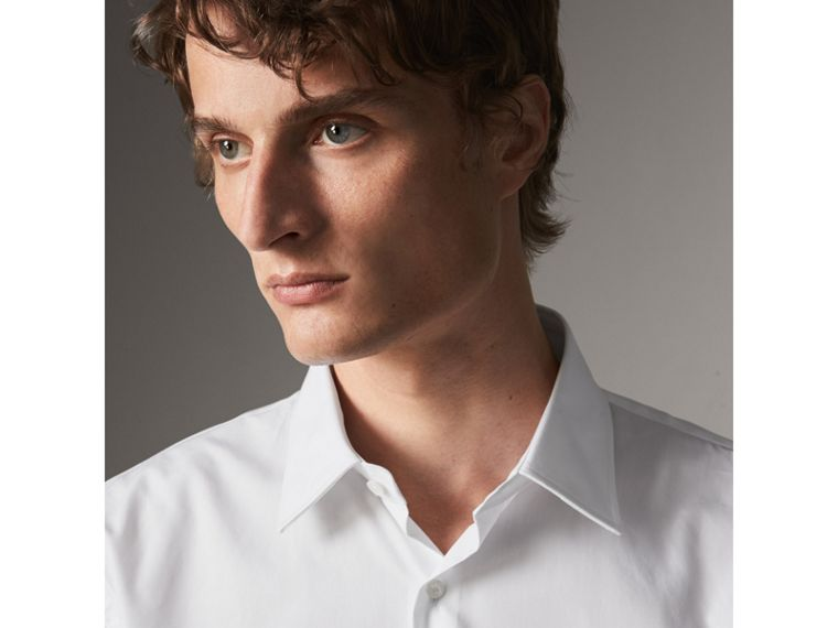 Modern Fit Short-sleeved Cotton Poplin Shirt in White - Men | Burberry Australia - cell image 1