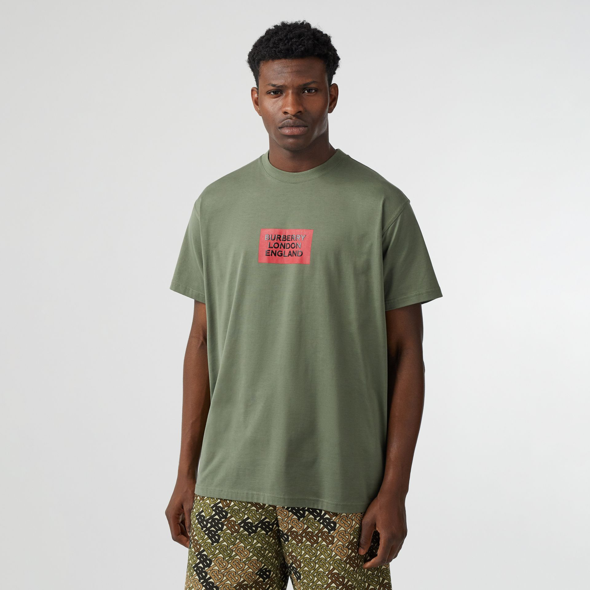 Logo Print Cotton Oversized T-shirt in Dark Moss - Men | Burberry - gallery image 3