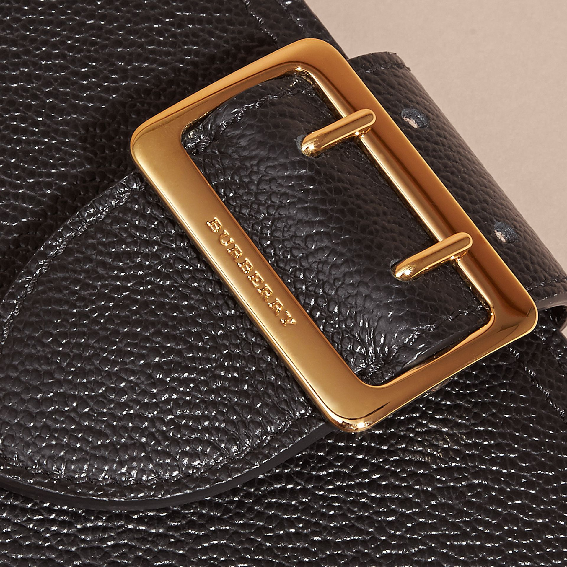 Buckle Detail Grainy Leather Wallet in Black - gallery image 2