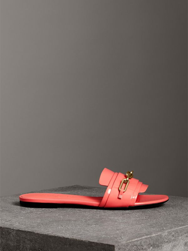 Link Detail Patent Leather Slides in Pink Azalea - Women | Burberry Australia - cell image 3