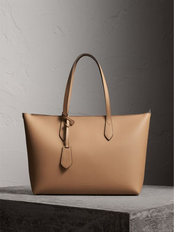 Medium Coated Leather Tote in Mid Camel