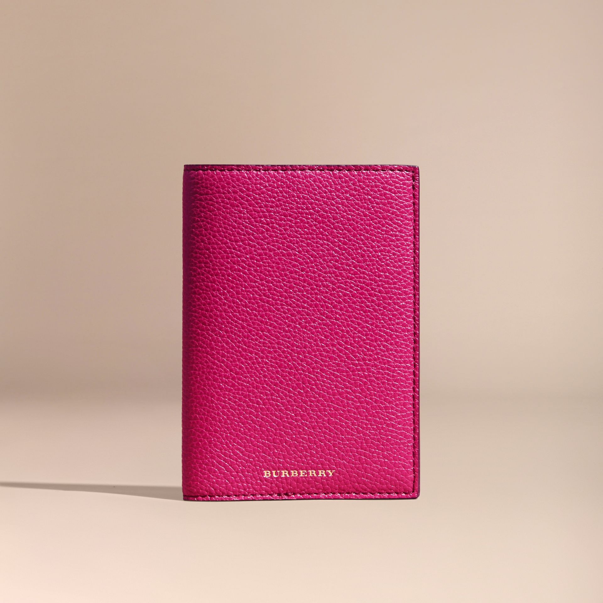 Grainy Leather Passport Holder in Brilliant Fuchsia - Women | Burberry - gallery image 5