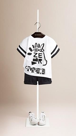 Camiseta de algodão com estampa gráfica de faixa de pedestre