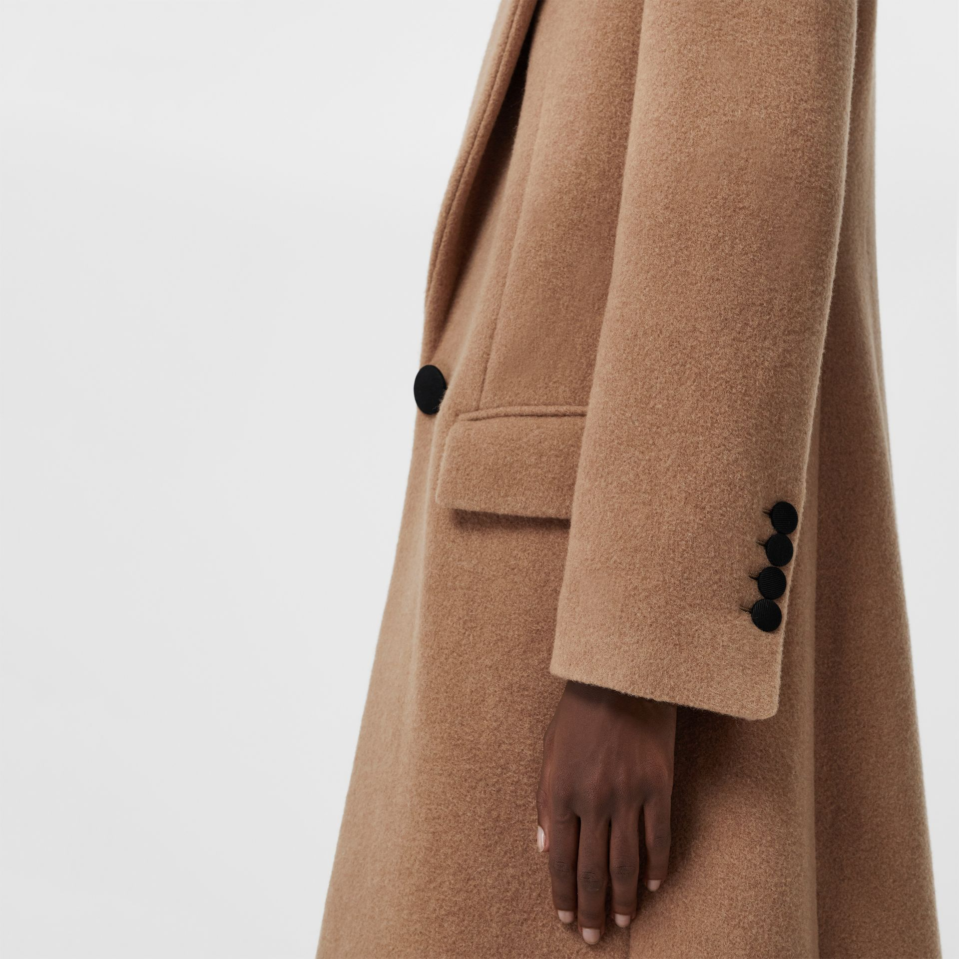 Oversized Lapel Camel Hair Tailored Coat - Women | Burberry United Kingdom - gallery image 4