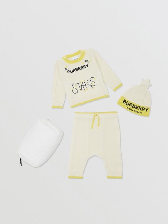 """Conjunto de tres piezas para bebé en lana y cachemir con motivo """"Stars"""" (Marfil)"""