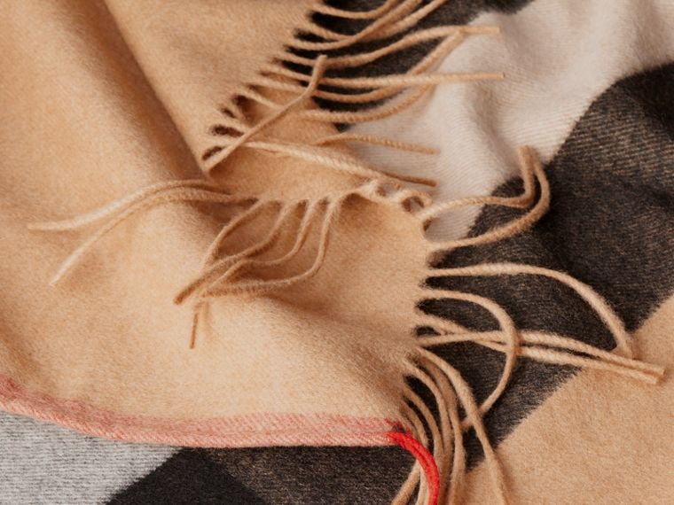 Camel Check Cashmere Poncho - cell image 4