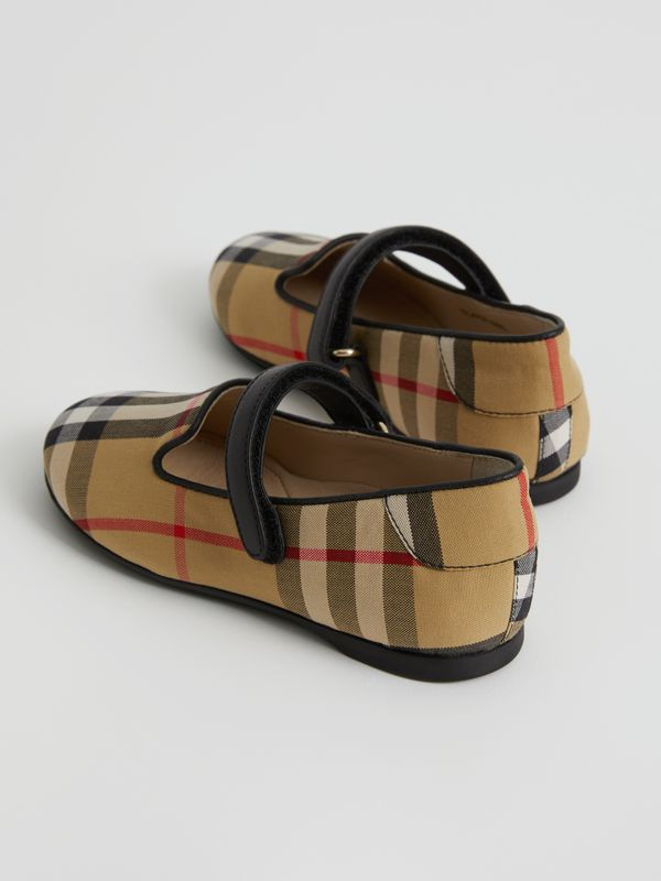 D-ring Strap Vintage Check Slippers in Antique Yellow - Children | Burberry United States - cell image 2
