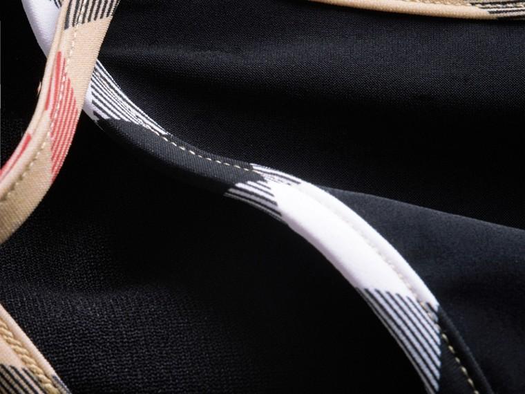 格紋飾邊三角比基尼 (黑色) - 女款 | Burberry - cell image 1
