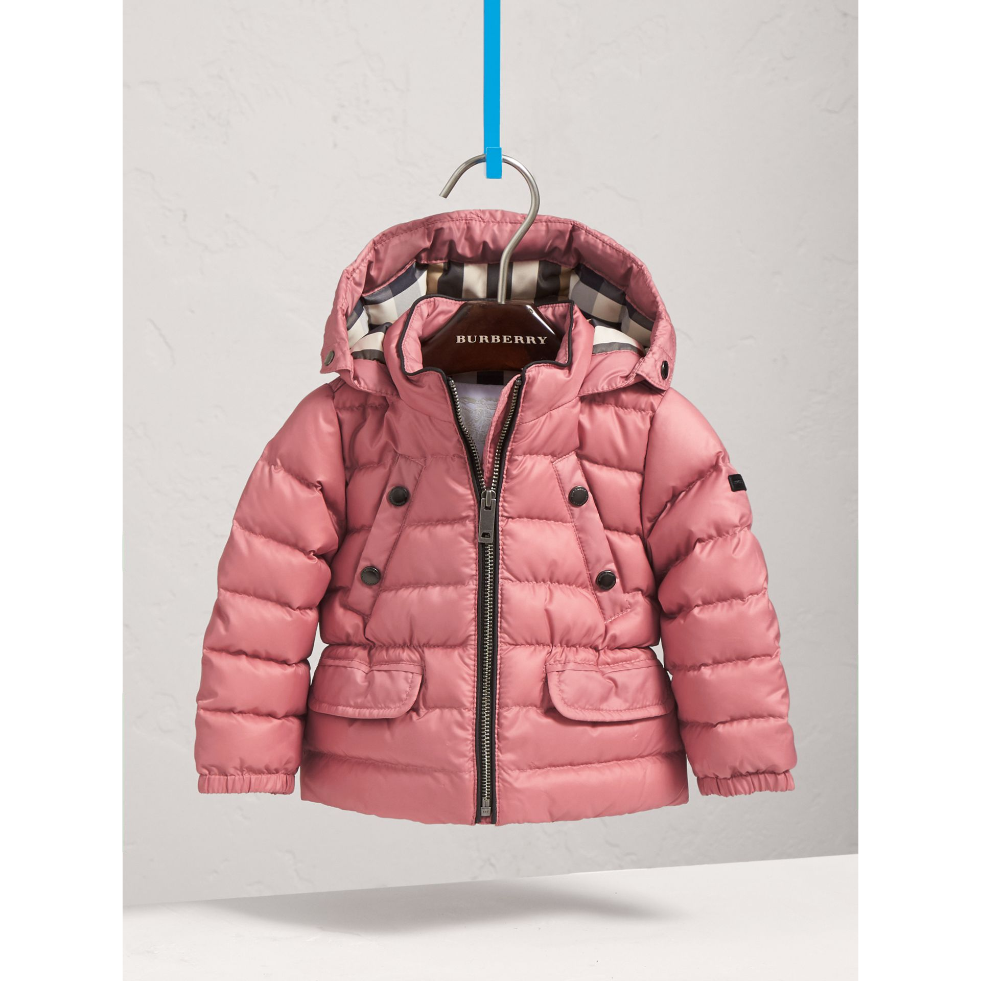 Shower-resistant Hooded Puffer Jacket in Pale Rose | Burberry - gallery image 3