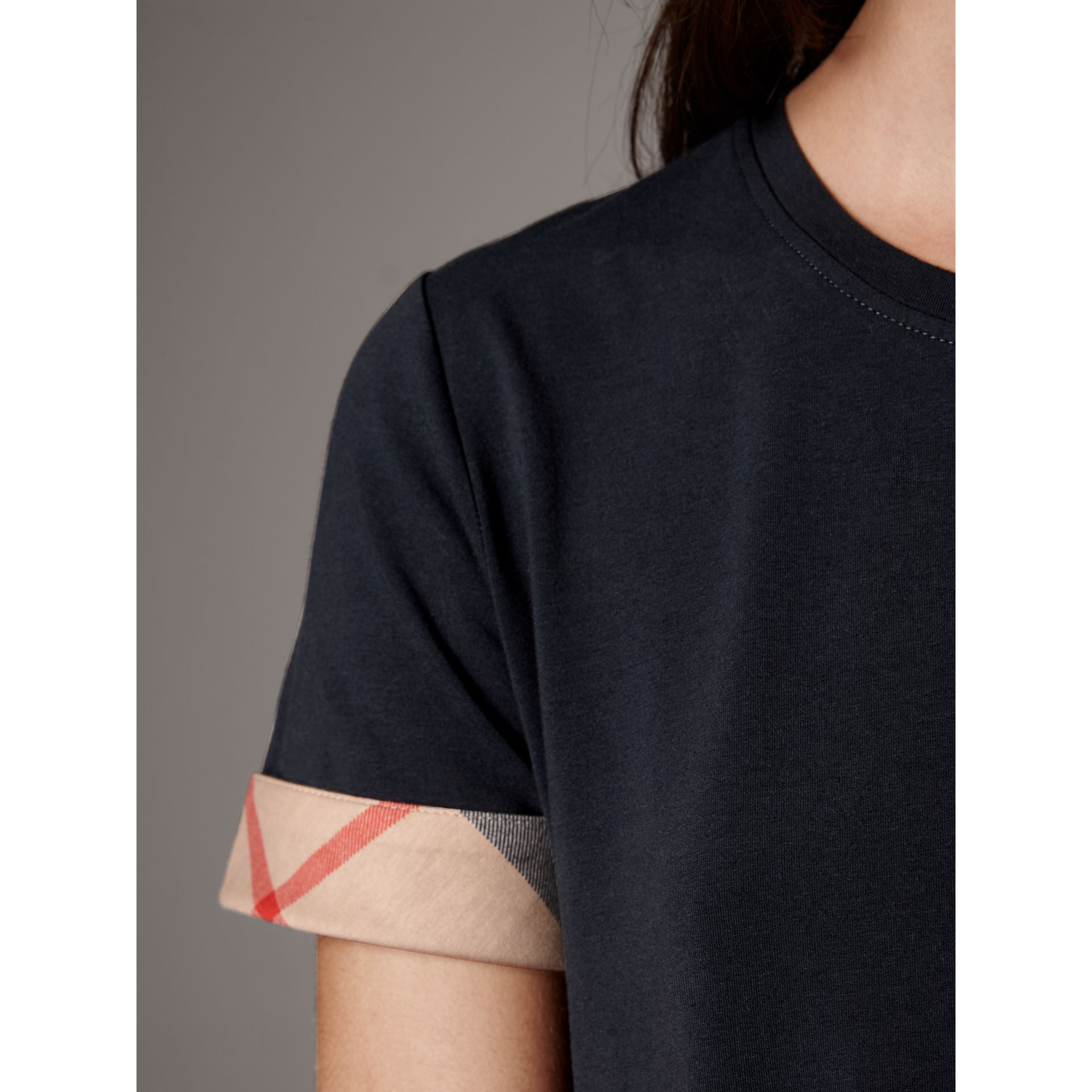 Check Cuff Stretch Cotton T-Shirt in Navy - Women | Burberry Hong Kong - gallery image 1