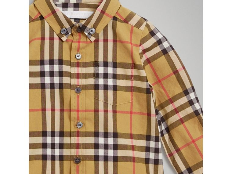 Button-down Collar Vintage Check Cotton Shirt in Antique Yellow | Burberry - cell image 4