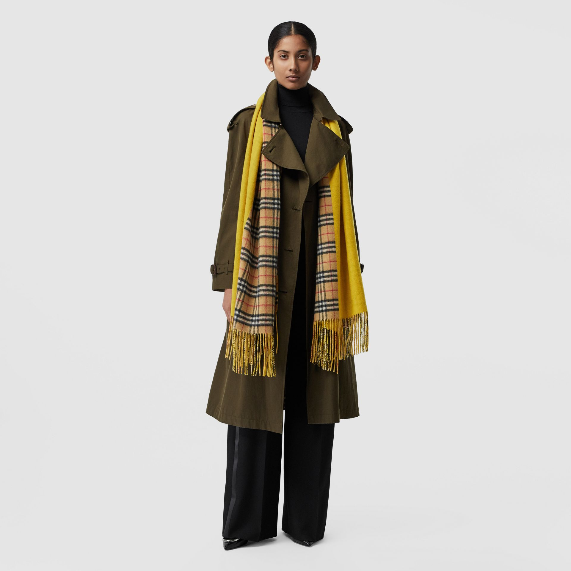 Colour Block Vintage Check Cashmere Scarf in Gorse Yellow | Burberry United Kingdom - gallery image 2