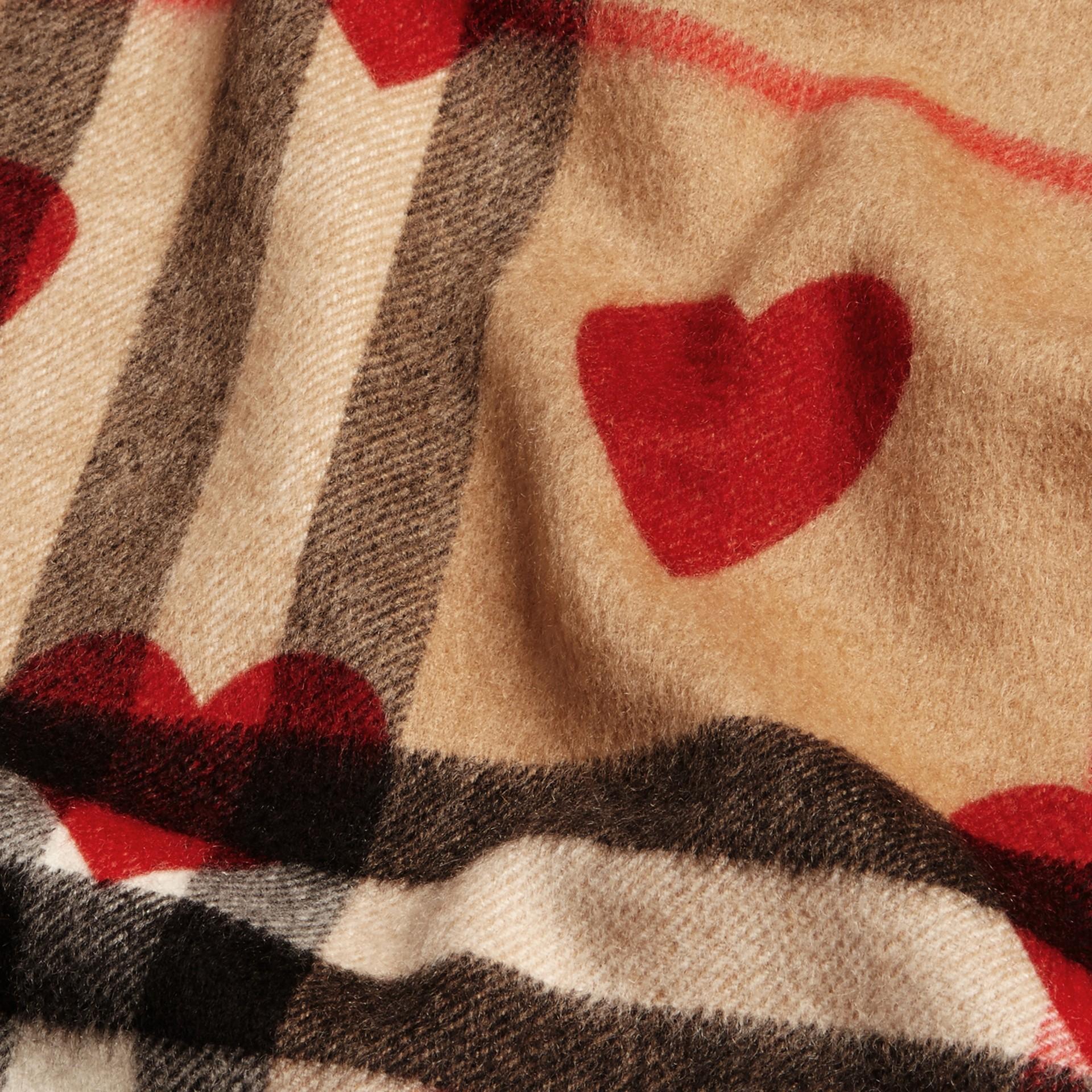Rosso parata Sciarpa in cashmere classica con motivo check e stampa a cuori Rosso Parata - immagine della galleria 5