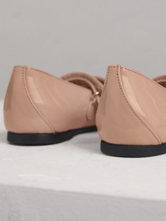 Bow Detail Patent Leather Ballerinas in Apricot Pink | Burberry - cell image 2