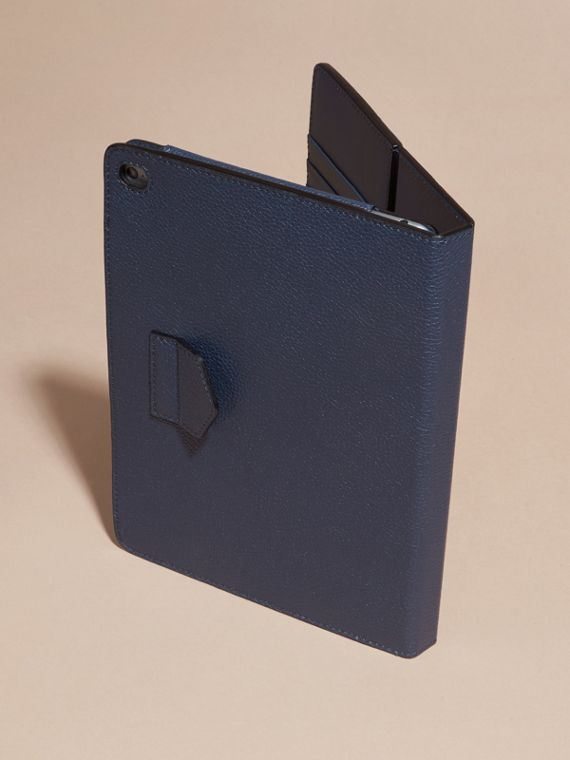 Bright navy Grainy Leather iPad Case Bright Navy - cell image 3