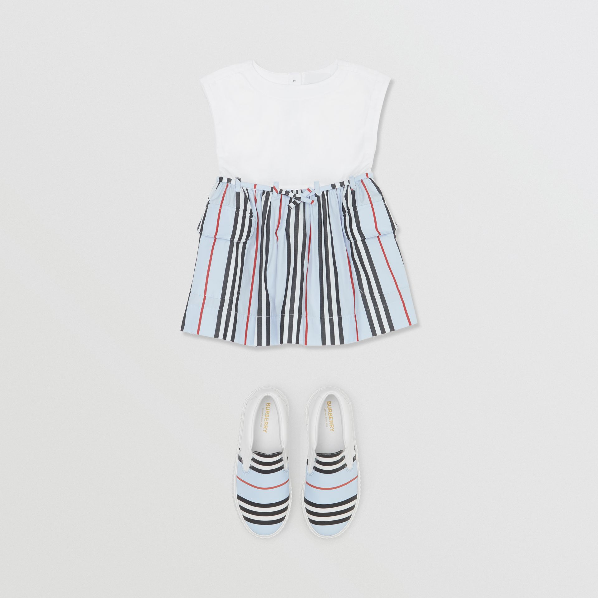 Icon Stripe Cotton Dress in White/pale Blue - Children | Burberry United Kingdom - gallery image 2