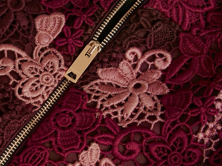 Rosso violetto intenso Gonna in pizzo macramè italiano a fiori - cell image 1