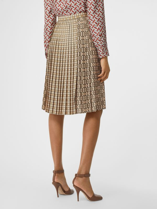 Contrast Graphic Print Pleated Skirt in Latte - Women | Burberry - cell image 2