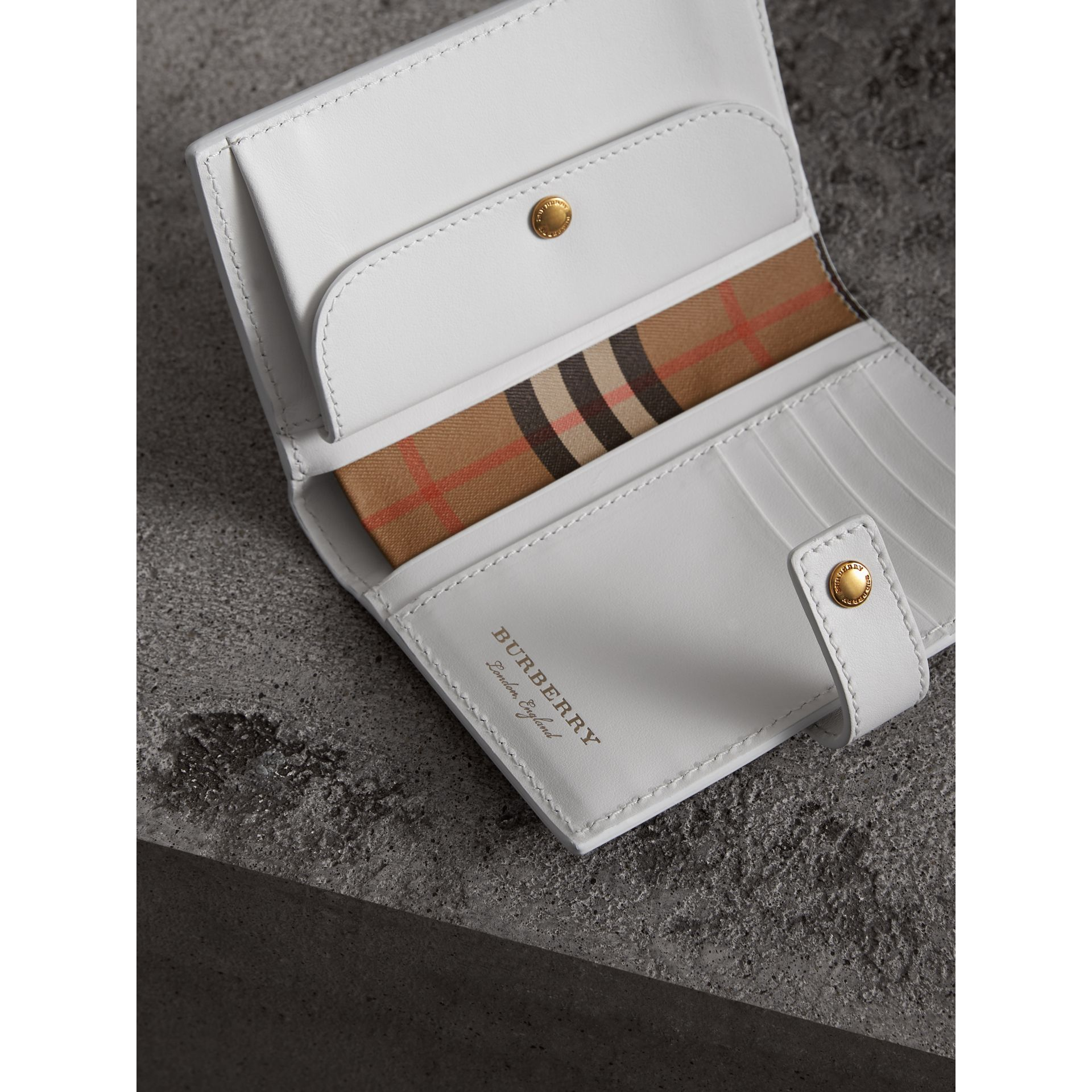 Vintage Check and Leather Folding Wallet in Chalk White - Women | Burberry Singapore - gallery image 3