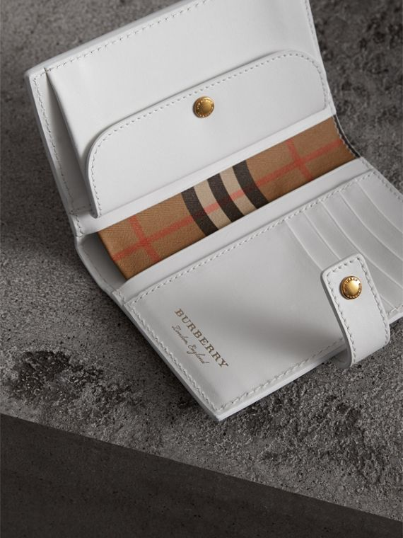 Vintage Check and Leather Folding Wallet in Chalk White - Women | Burberry - cell image 3