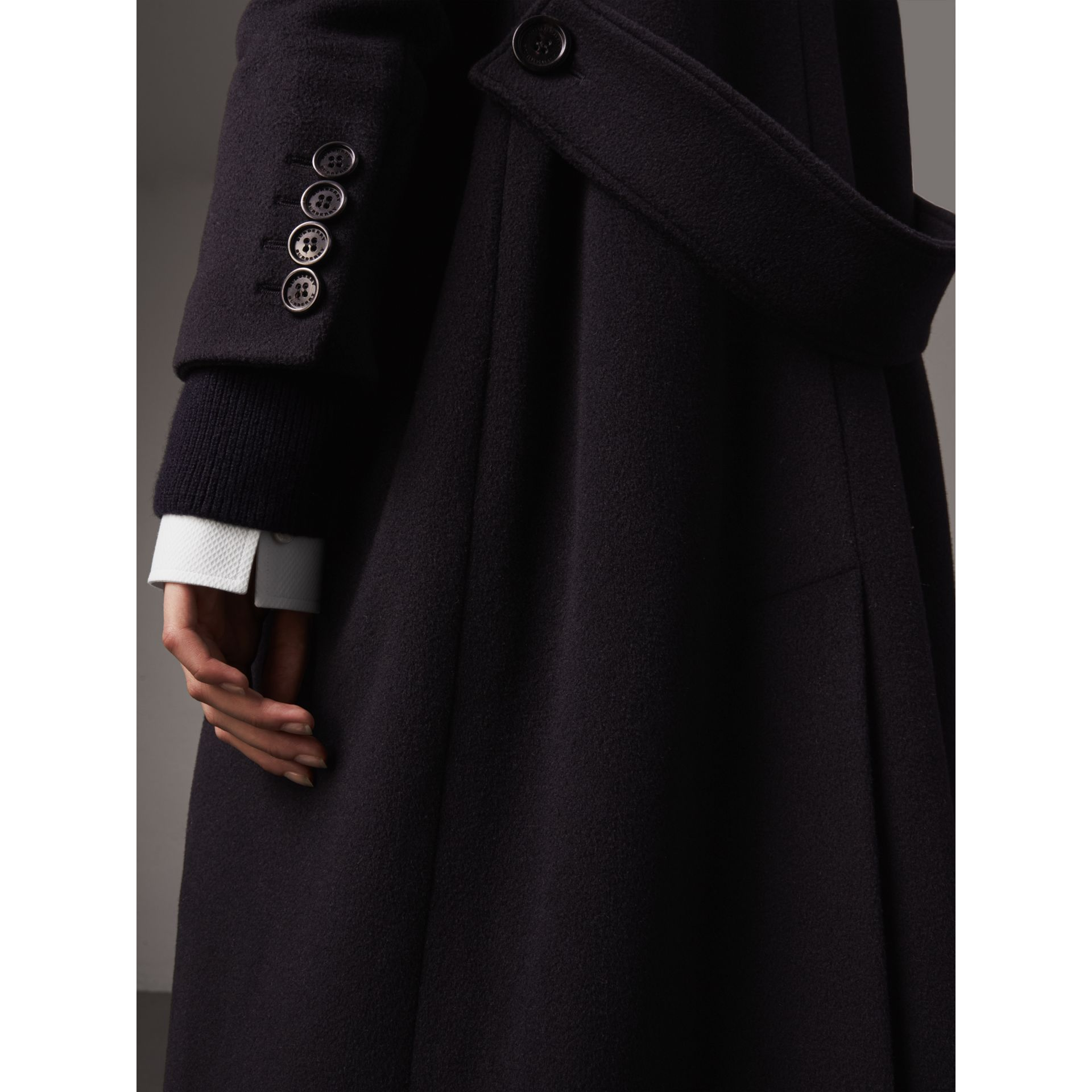 Detachable Rib Knit Collar Cashmere Coat in Navy - Women | Burberry Canada - gallery image 1