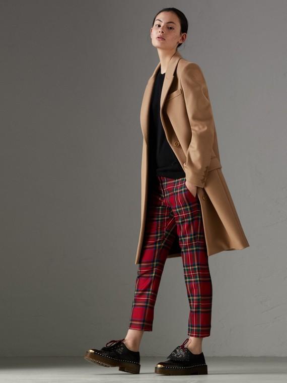 Eleganter Mantel aus Wolle und Kaschmir (Camelfarben)