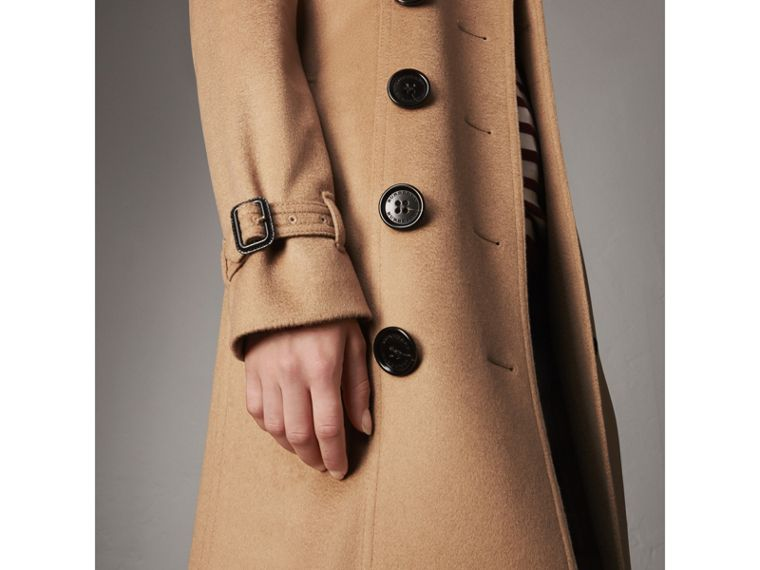 Sandringham Fit Cashmere Trench Coat in Camel - Women | Burberry - cell image 4