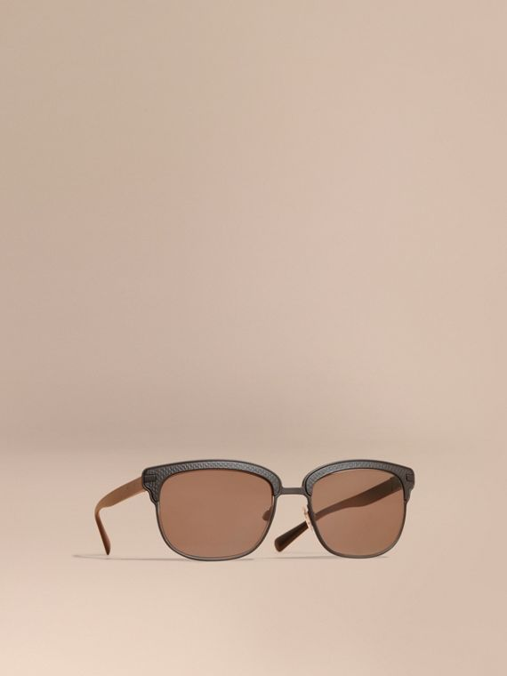 Textured Front Square Frame Sunglasses in Black