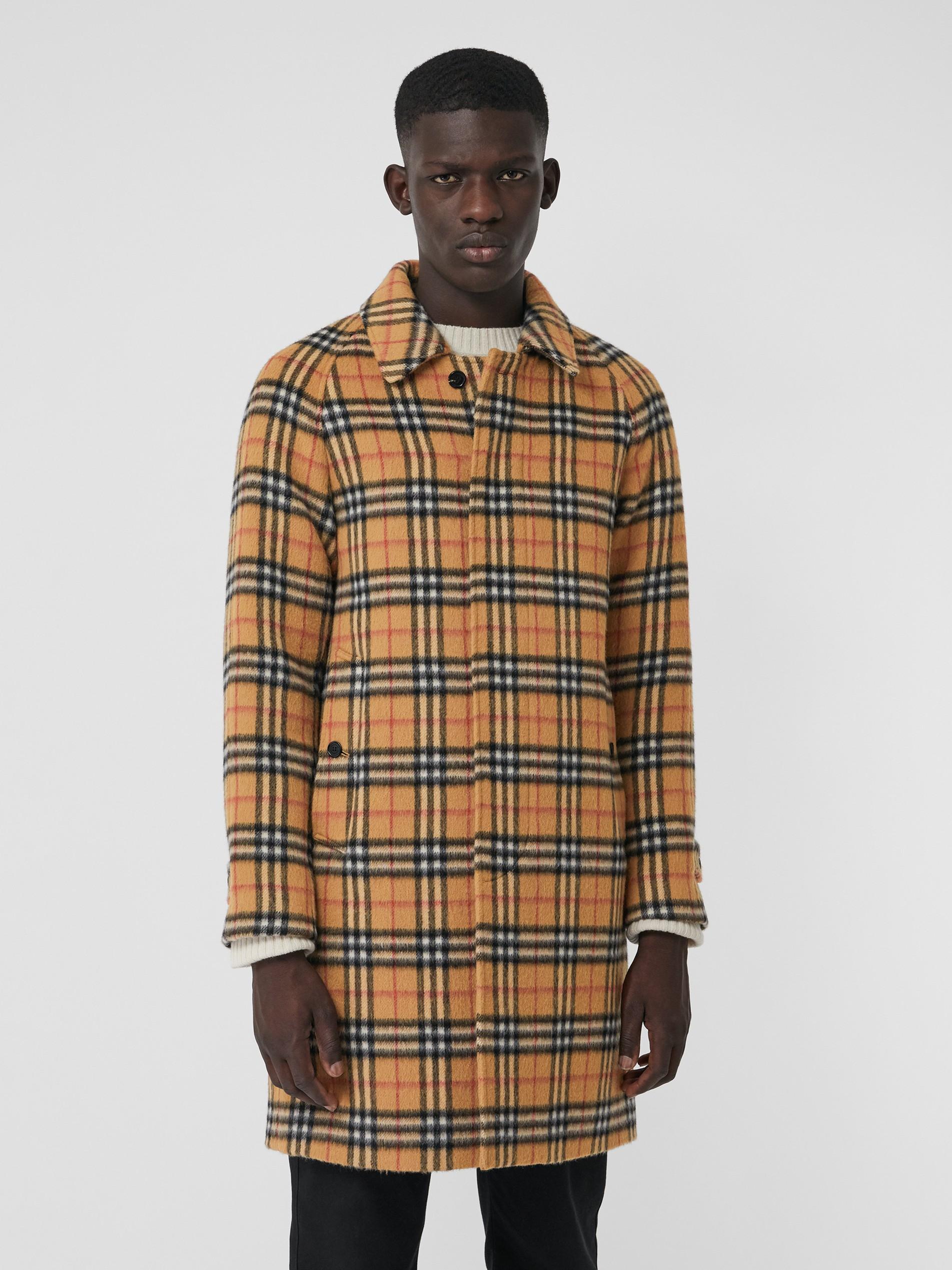 男士黄色牛仔裤_Vintage 格纹羊驼毛混纺轻便大衣 (古典黄色) - 男士 | Burberry 博柏利