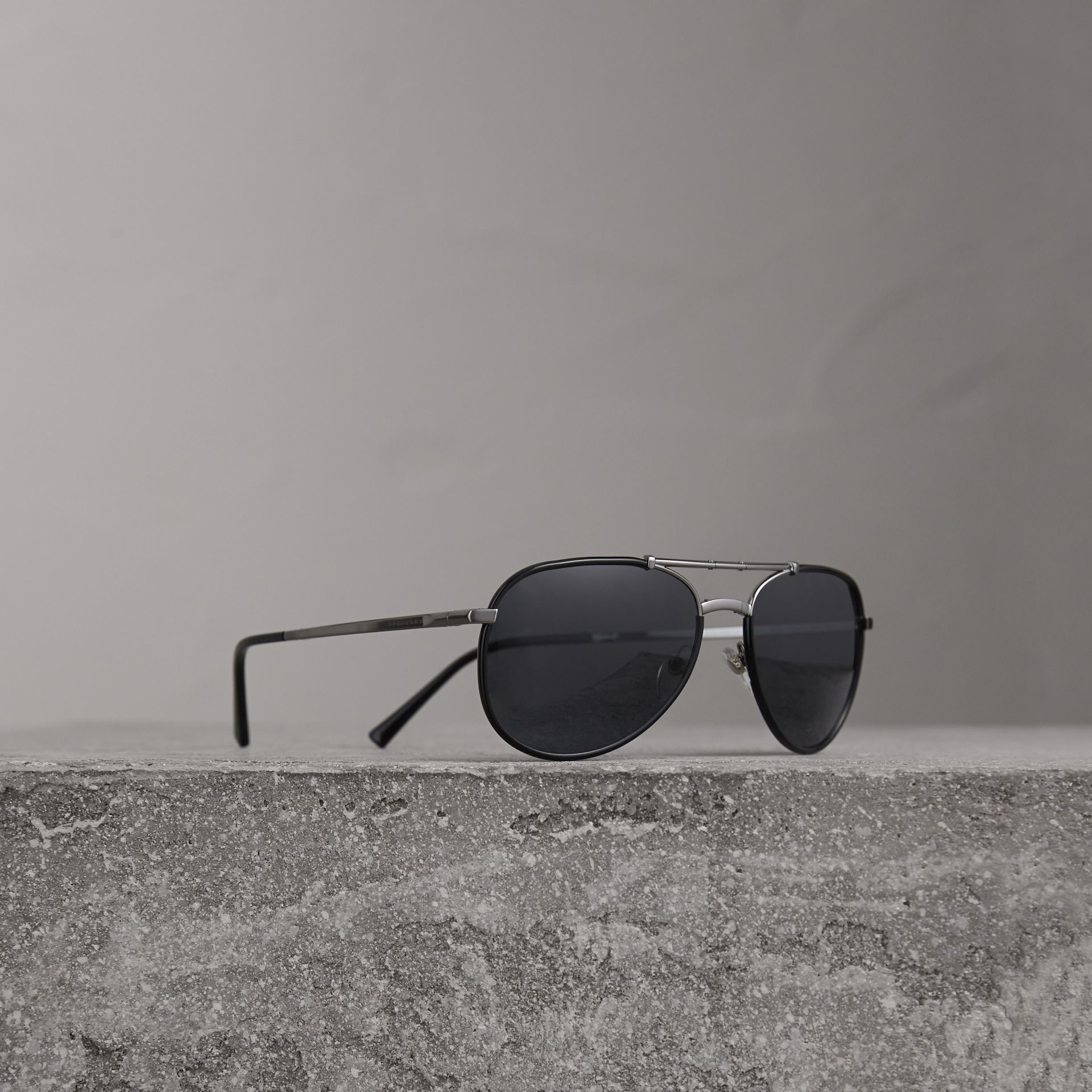 Folding Pilot Sunglasses in Black - Men | Burberry United Kingdom - gallery image 0