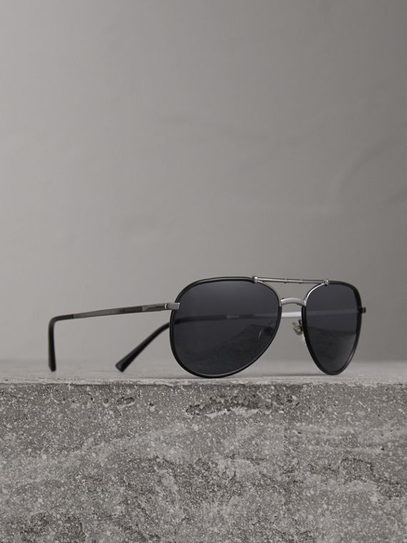 Folding Pilot Sunglasses in Black