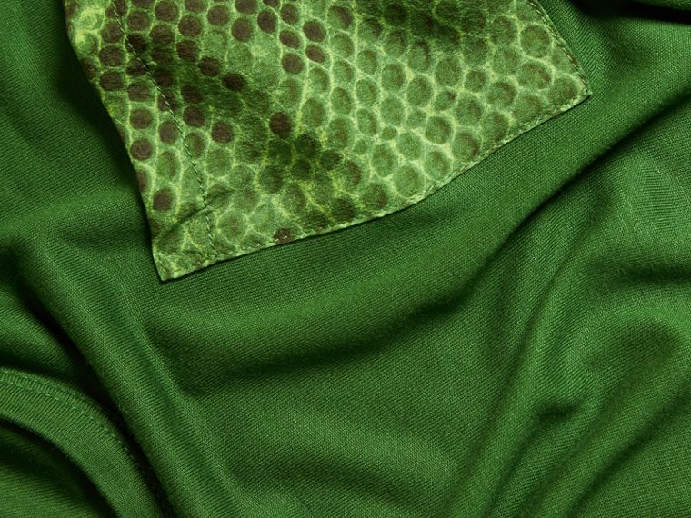Pigment green Python Print Detail T-Shirt Pigment Green - cell image 1