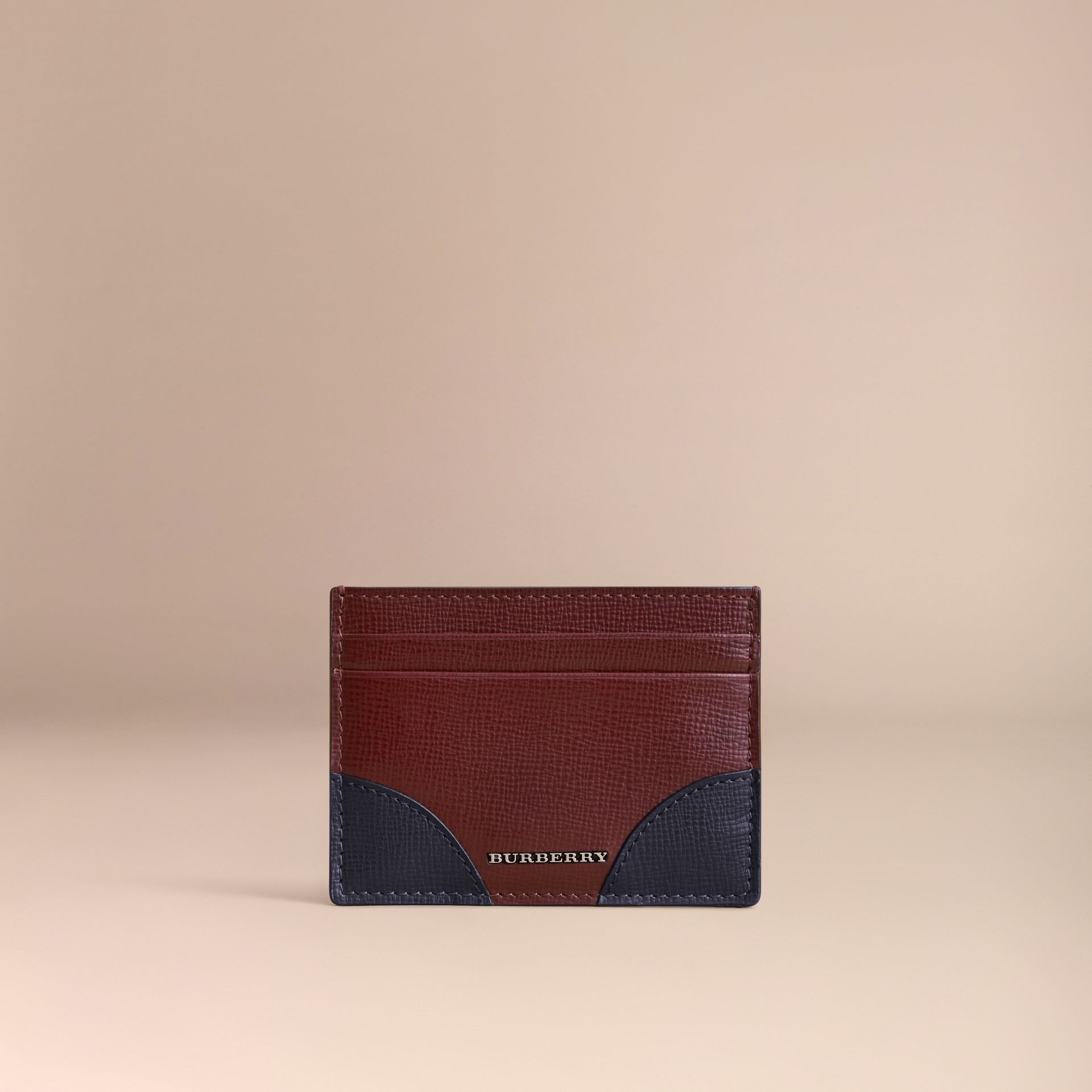 Contrast Corner London Leather Card Case in Burgundy Red - gallery image 6