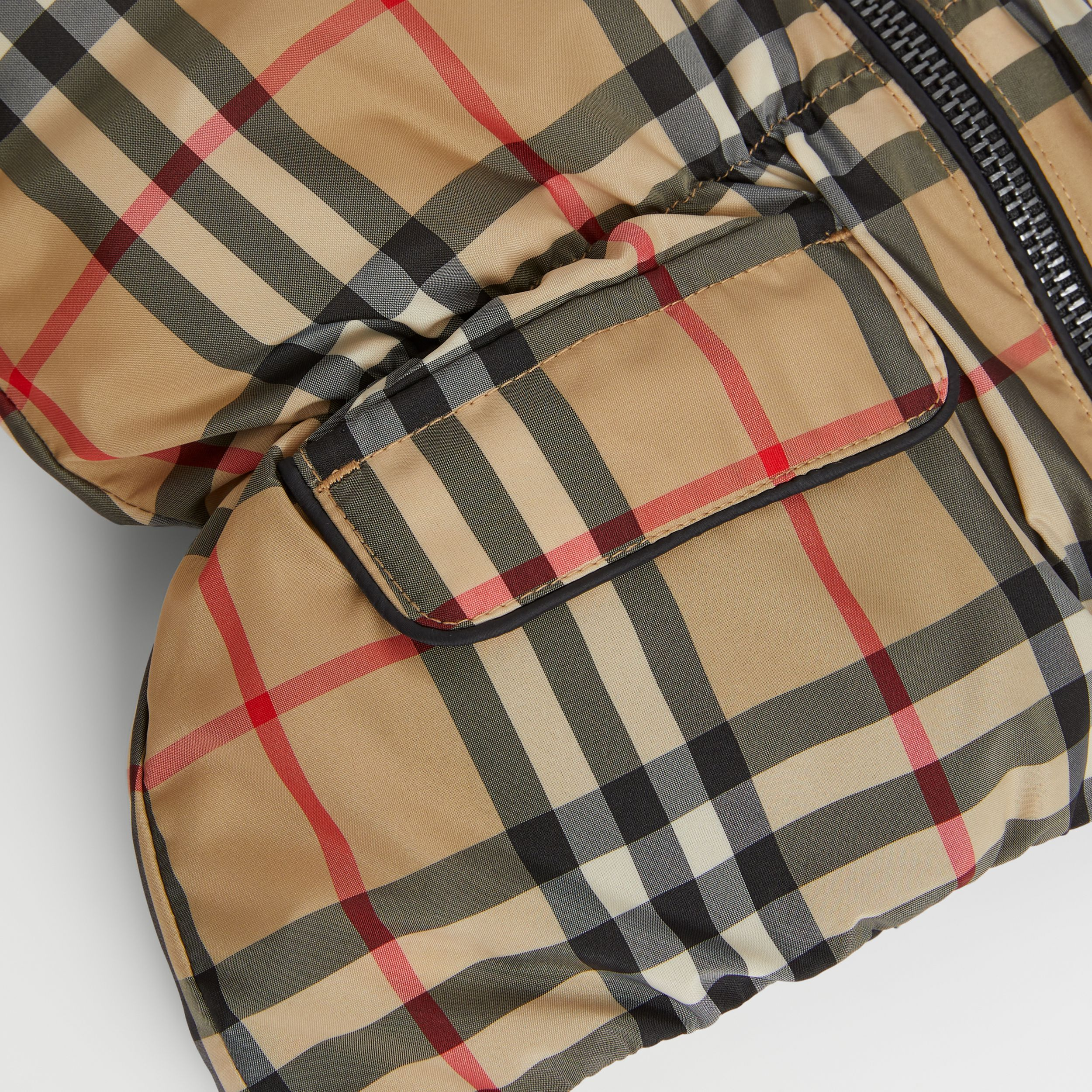 Vintage Check Down-filled Recycled Polyester Jacket in Archive Beige - Children | Burberry - 2