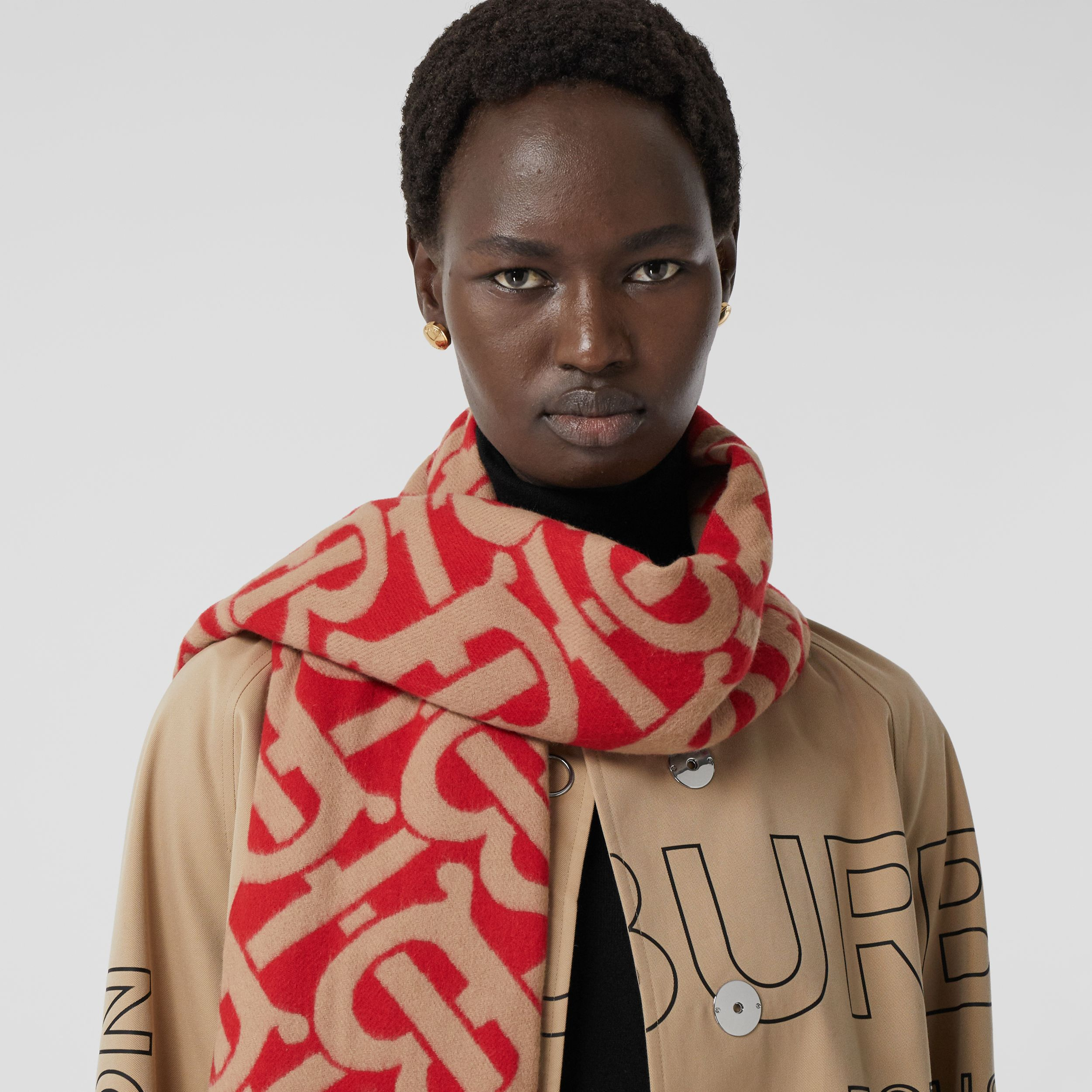 Monogram Cashmere Jacquard Scarf in Bright Red/camel | Burberry - 3
