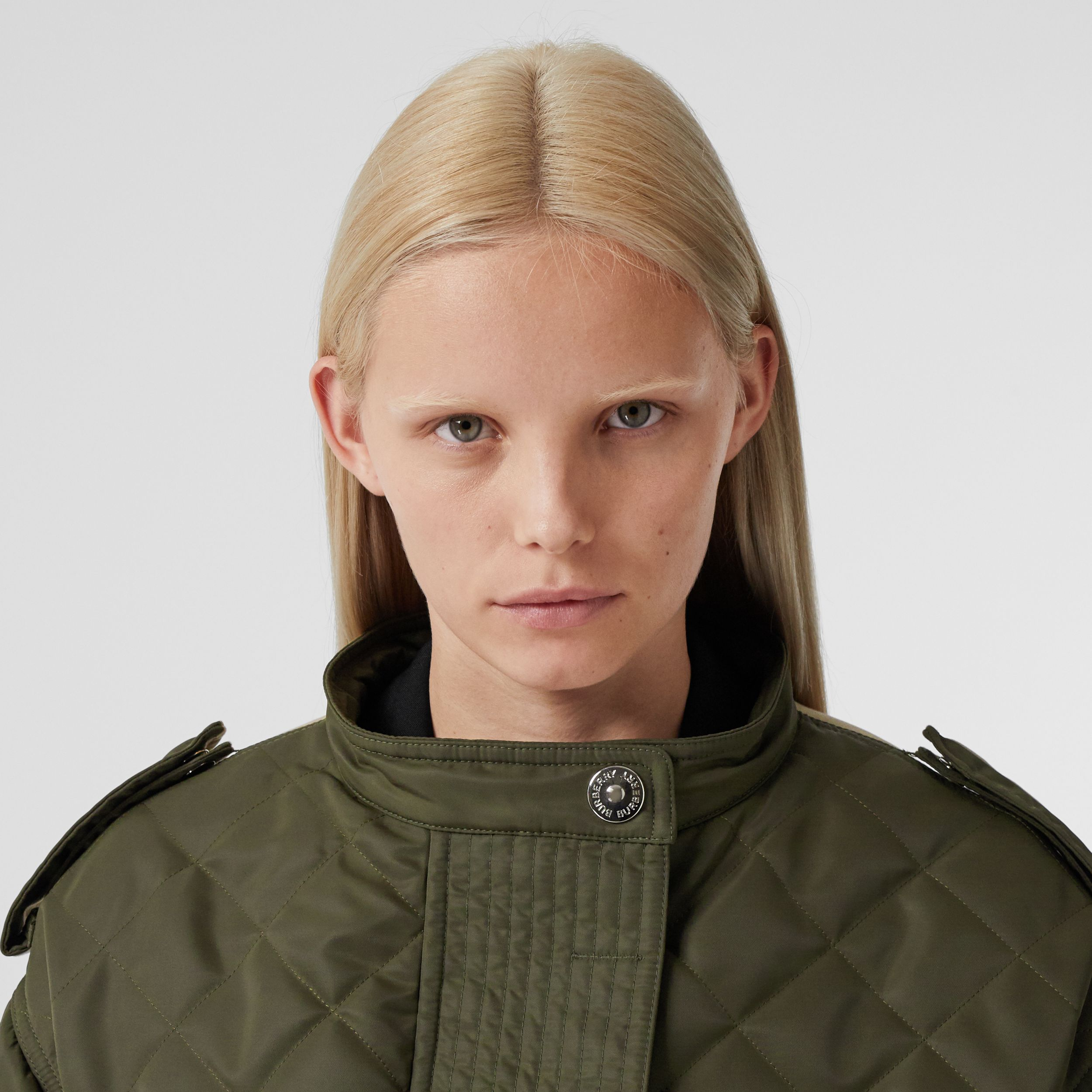 Detachable Hood Quilted Nylon and Cotton Parka in Olive Green | Burberry - 2