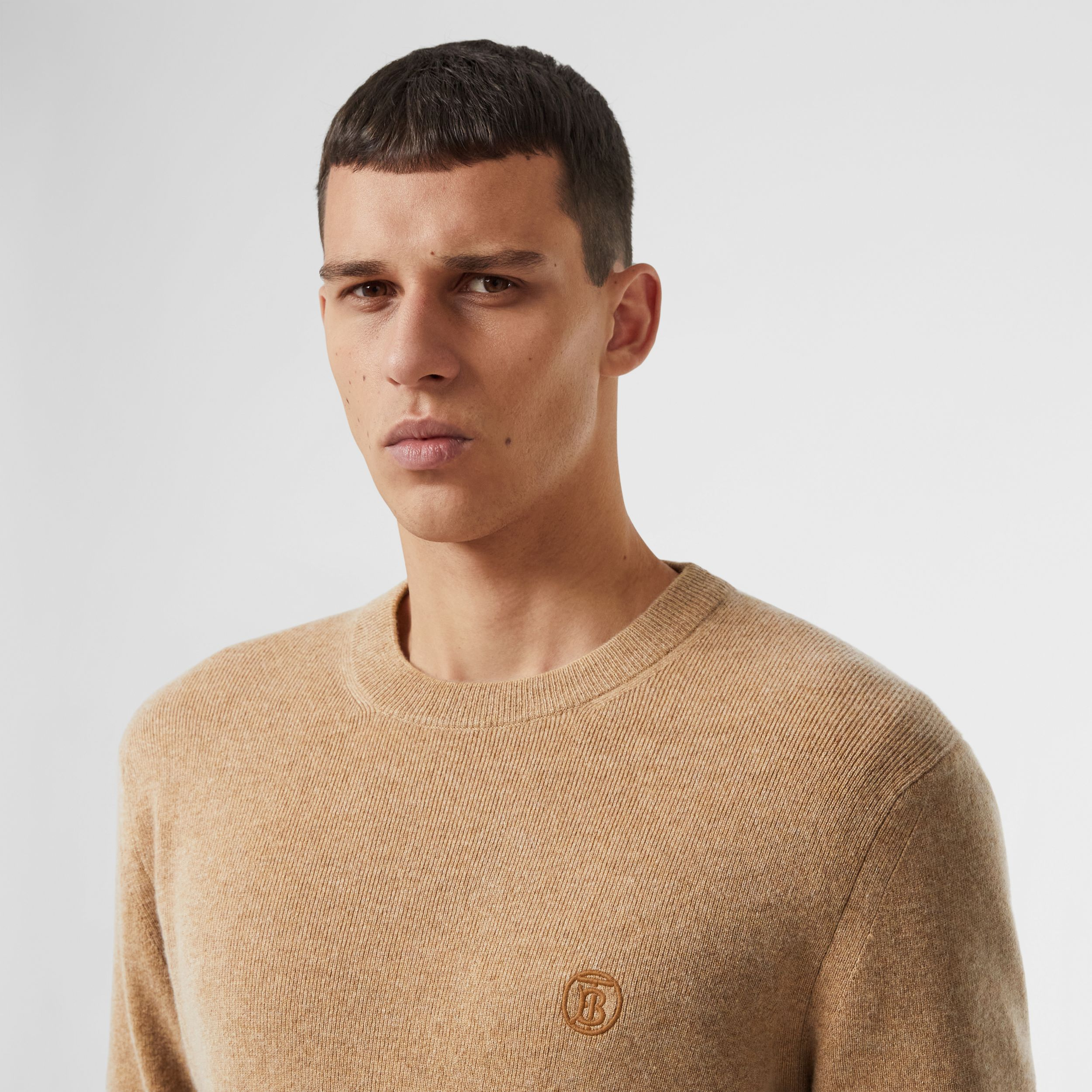 Short-sleeve Monogram Motif Cashmere Top in Pale Coffee - Men | Burberry - 2