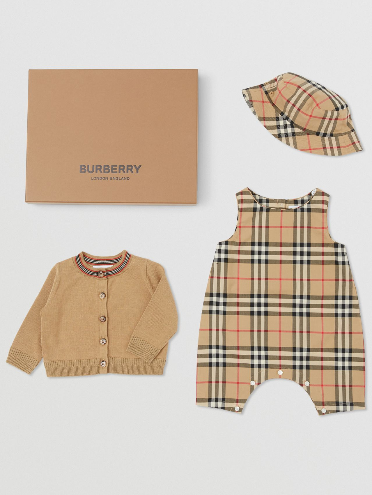 Vintage Check Cotton Three-piece Baby Gift Set in Archive Beige