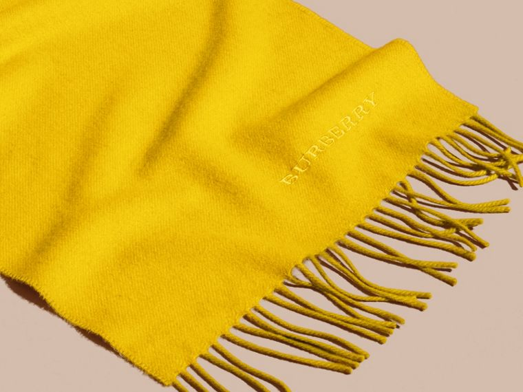 The Classic Cashmere Scarf in Gorse Yellow | Burberry Australia - cell image 4