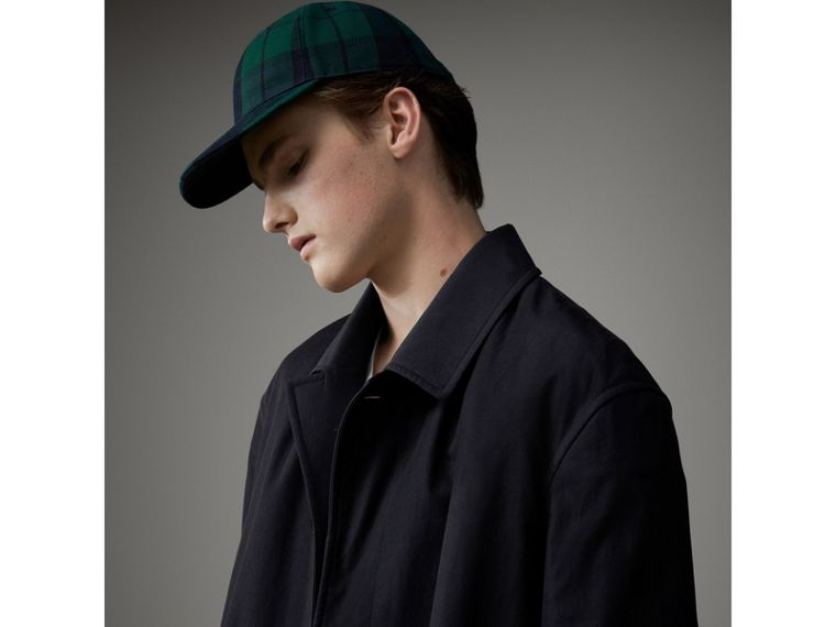 Cappotto car coat in gabardine tropicale (Blu Carbonio) - Uomo | Burberry - cell image 1