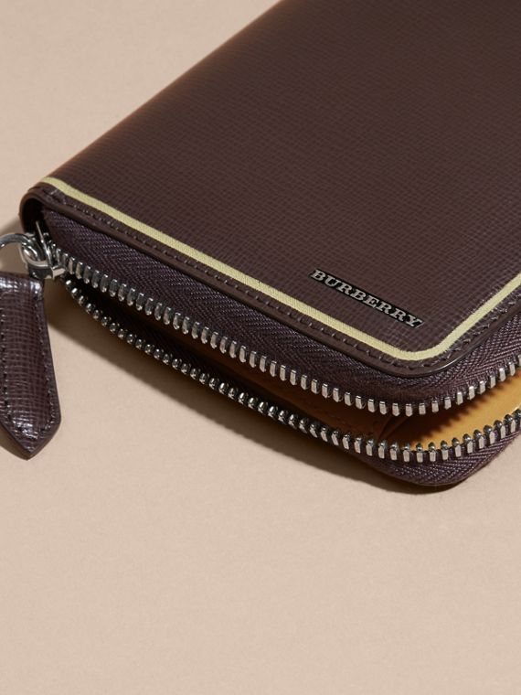 Border Detail London Leather Ziparound Wallet Peppercorn - cell image 3