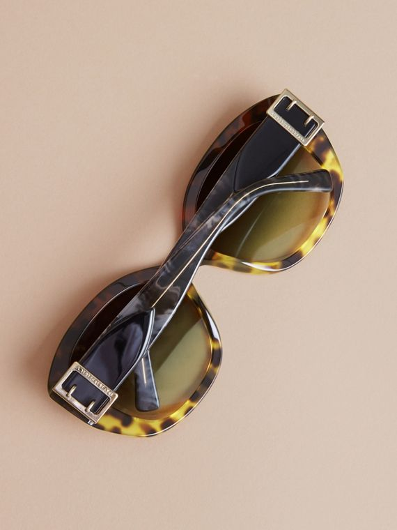Buckle Detail Oversize Square Frame Sunglasses in Amber Yellow - Women | Burberry United Kingdom - cell image 3