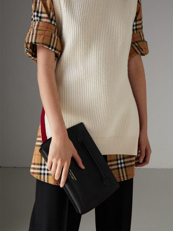 Grainy Leather Wristlet Clutch in Black - Women | Burberry - cell image 3