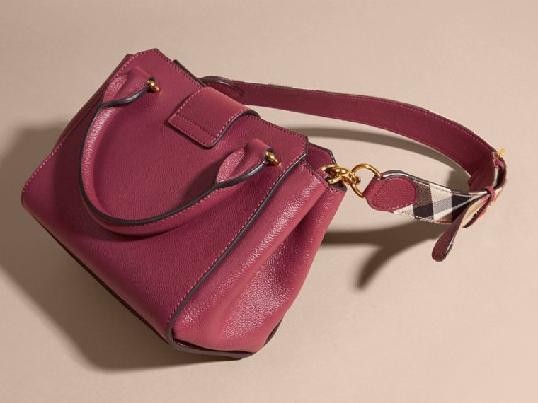 Dark plum The Small Buckle Tote in Grainy Leather Dark Plum - cell image 4